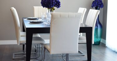 Wooden_Dining_Table
